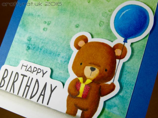 no-line bear - detail