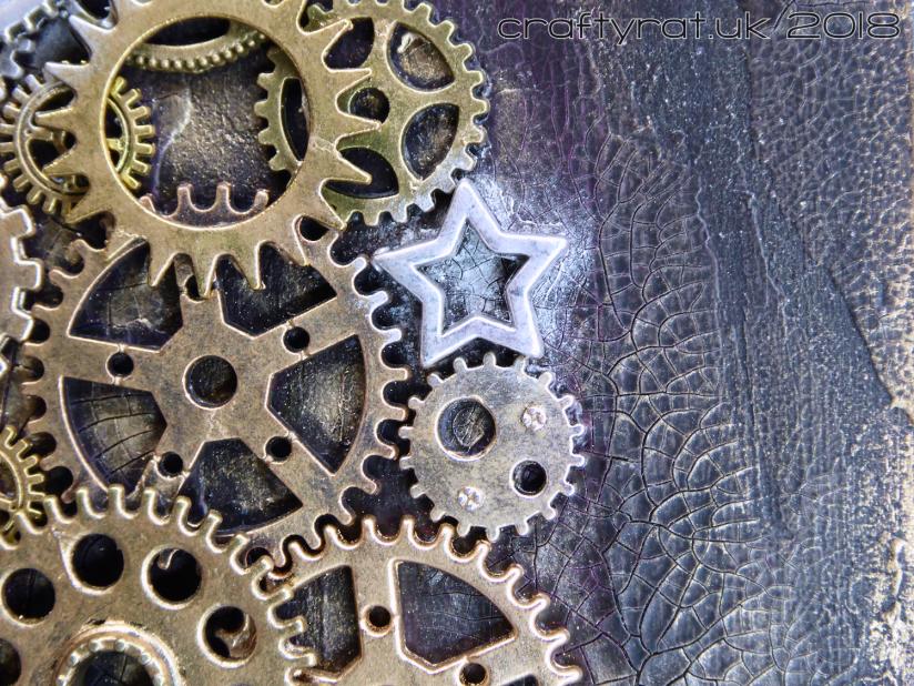 CRX0020 gears detail 2