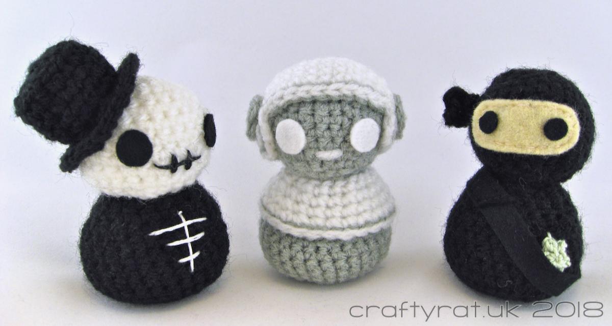 How to Make a Crocheted Skull Amigurumi - Club Crochet | 641x1200
