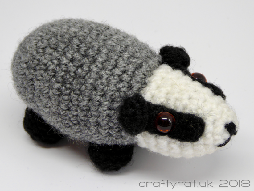 LucyRavenscar - Crochet Creatures: Blackberry the Badger | 619x825